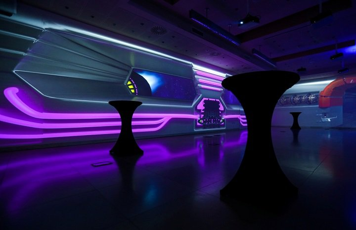 EnterpriseHotel immersive room abordo