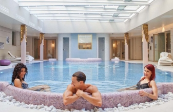 New entry a 5 stelle per uappala hotels a salsomaggiore - Piscina termale salsomaggiore ...