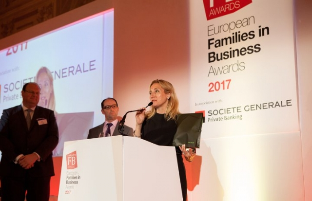 Elisabetta Fabri ritira il Supreme Top Family Business Award per conto di Starhotels