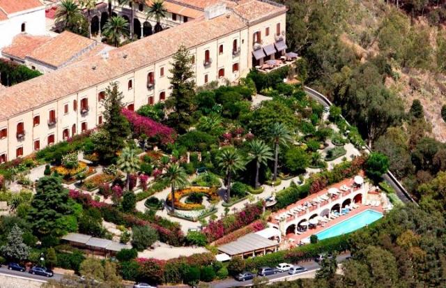 Riapre il san domenico palace hotel di taormina for Luxury hotel 5 stelle